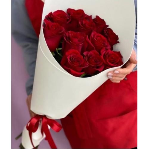 Купить на заказ Букет из 11 красных роз с доставкой в Зайсане