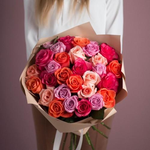 Купить на заказ Букет из 25 роз (микс) с доставкой в Зайсане