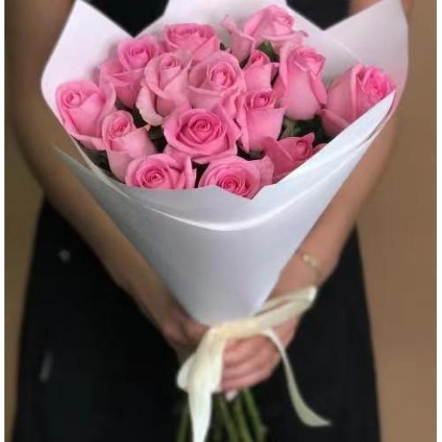 Купить на заказ 15 розовых роз с доставкой в Зайсане